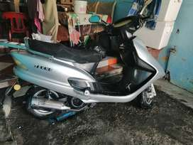 Motocicleta plateads