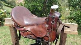 Silla Genuinos para montar a Caballo (Usada)