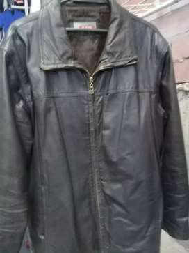 chaqueta BOSSI original ligeramente usada para hombre