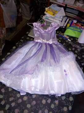 Vestido de fiesta niña.