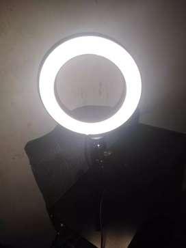 Aro luz LED nuevo, con soporte