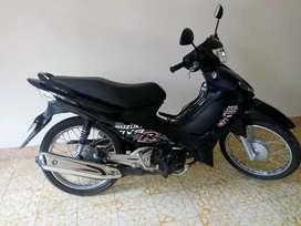 moto Suzuki viva R cool