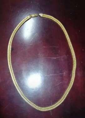 Cadena oro hermosa