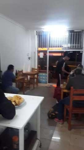 Se vende o permuta fondo de comercio de café bar en la zona de liniers frente a todas las paradas de colectivos
