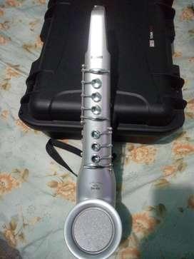 Saxo electrónico controlador midi
