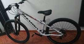 Se vende bicicleta , ventana corrediza y acrílicos