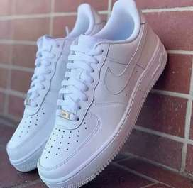 Nuevos NIKE air force one