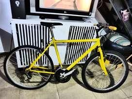 Vendo bicicleta usada Montain Bike, 18 cambios, rodado 26