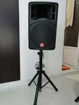Bafle de sonido como nuevo