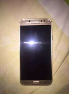 Se vende Samsung J7pro