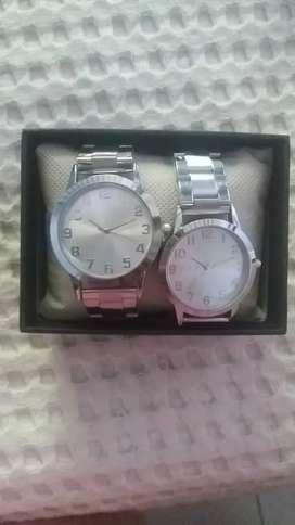 Venta de relojes pareja