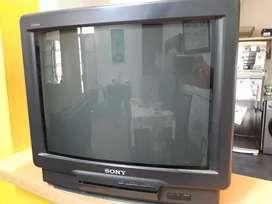 TV de tubo para repuestos o arreglo