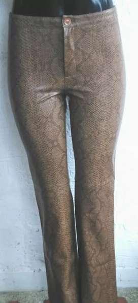 Vendo pantalón cuero talla 8 ZARA España