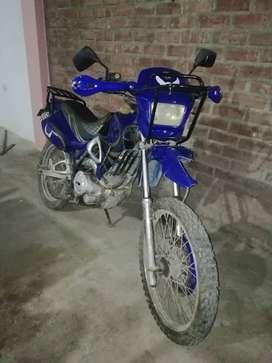 Vendo moto lineal en buen estado