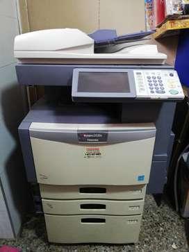 Fotocopiadora Toshiba 3530c (BANDA TRANSFERENCIA MALA)