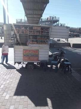 "Food truck ""venpermuto"""