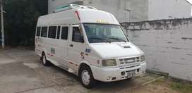 Iveco Daily 2008 de 18 pasajeros con aire