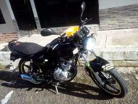 Vendo Suzuki gs 125cc excelente estado como nueva