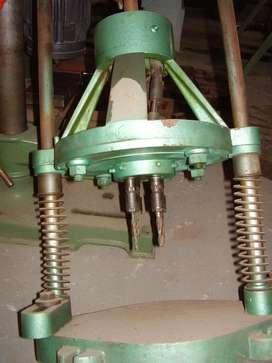 Cabezal perforador múltiple por agujereadora