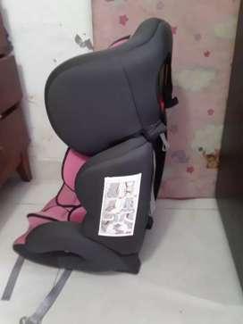 vendo silla para carro marca priori