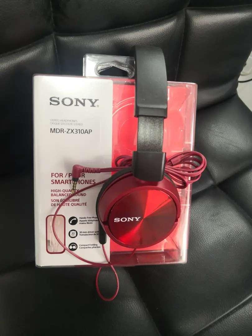 Audífonos originales Sony 0