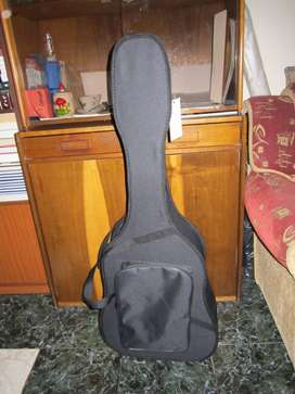 Guitarra Acustica Ramon Navarro e Hijos (restaurada)