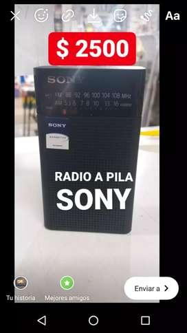 Usado, RADIO A PILA AM FM SONY segunda mano  Bahía Blanca, Buenos Aires