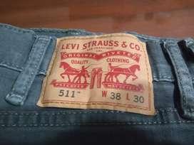 Pantalón Jeans Gris Levi Strauss Modelo 511 W38 L30 Nuevo