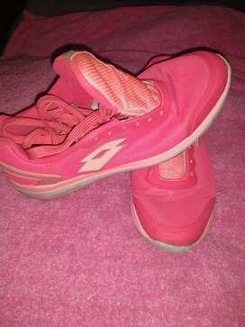 zapatillas originales Lotto y Nike