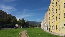 Urgente Venta Local Comercial esquinero Sur Quito, sector Quitumbe, entre 2 vías principales.