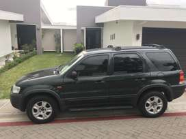 Vendo Ford Escape XLS 2003