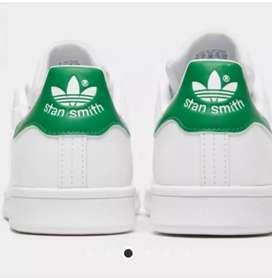 Zapatos Adidas Originals.