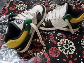 Vendo zapatillas niños N'36