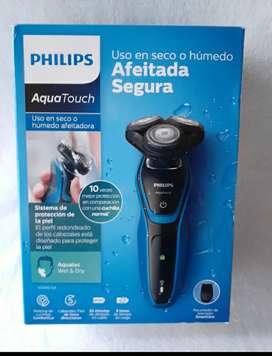 Maquina de afeitar marca PHILIPS NUEVA