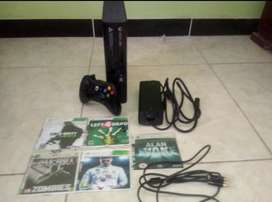 Xbox 360 Super Slim  5 Juegos