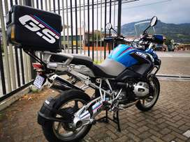 Vendo o cambio BMW R1200 GS