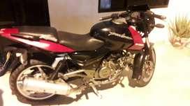 Venta de moto pulsar 220 Sport en excelente estado. debido a no uso