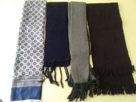 bufandas varios modelos usadas
