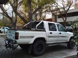 Toyota hilux 4x2.3.0 Mod 2003