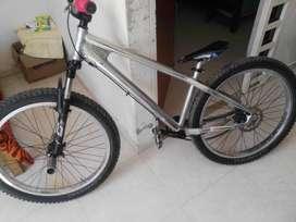 Bicicleta Venzo marco de aluminio