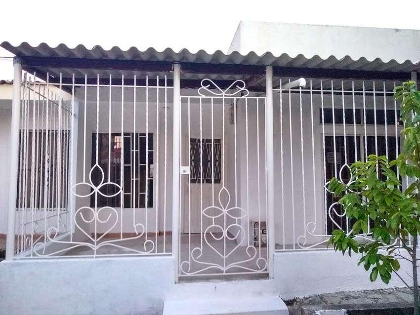 Arriendo Casa Grande en Villa Olímpica 0