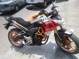 Vendo moto Repsol CB 190 R