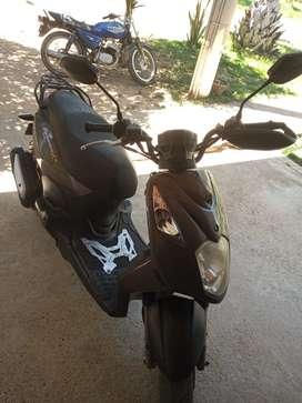 Moto Dynamic R 125
