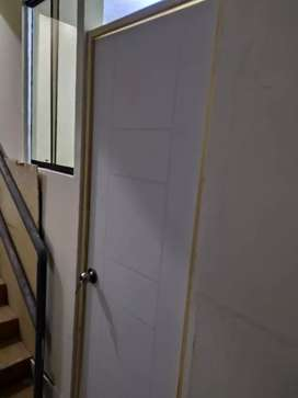 Alquiló habitaciones en pueblo libre Av Sucre cuadra 5 entre plaza vea y Movistar