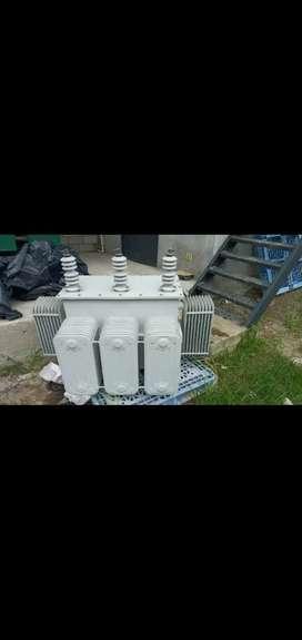 Transformador trifásico de 150 KVA