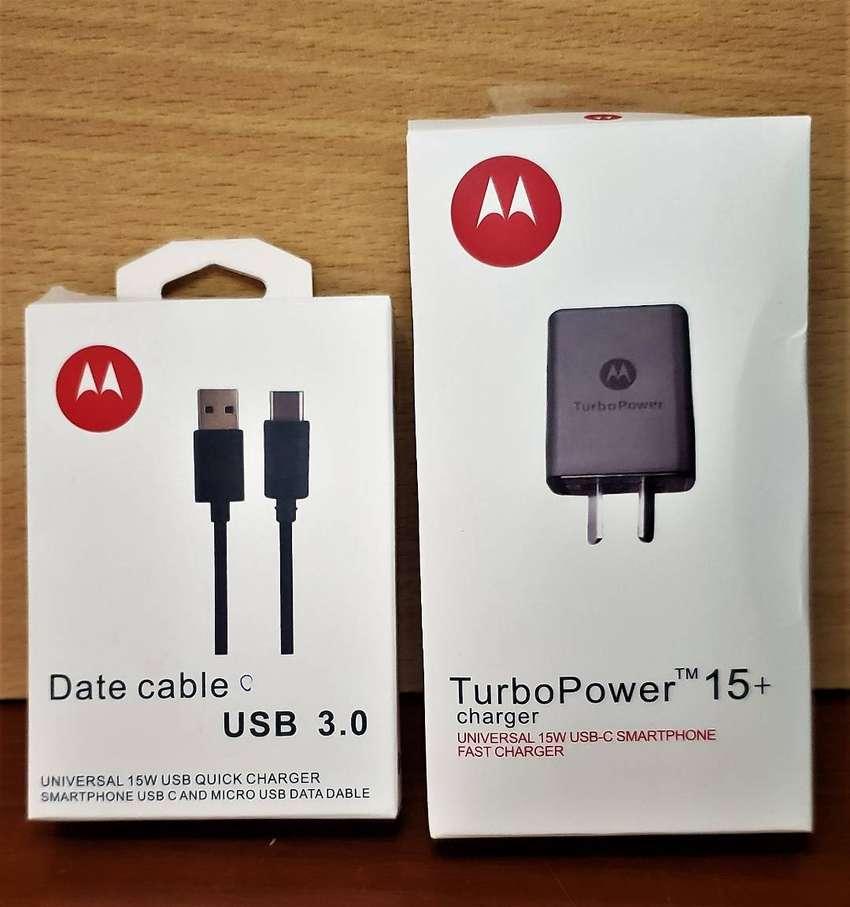 Cargador Turbo power 15  + Cable ORIGINAL MOTOROLA TURBO TIPO C 0