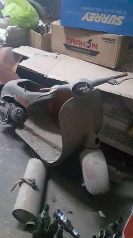 vendo moto vespa en proceso de restauracion motor nuevo