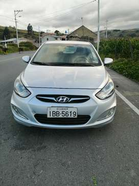 Vendo flamante hyundai accent 1.6 es 2013 color plomo