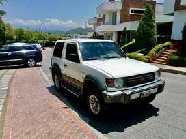 Mitsubishi Montero full equipo versión pajero 100% japonés, único dueño perfecto estado, venezolano