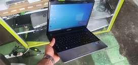 Portátil Samsung core i5 full 6 gb ram 750 gb disco duro